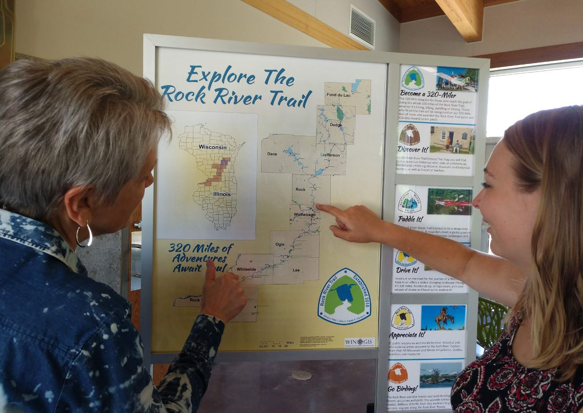 Informationstafel zum Rock River Trail