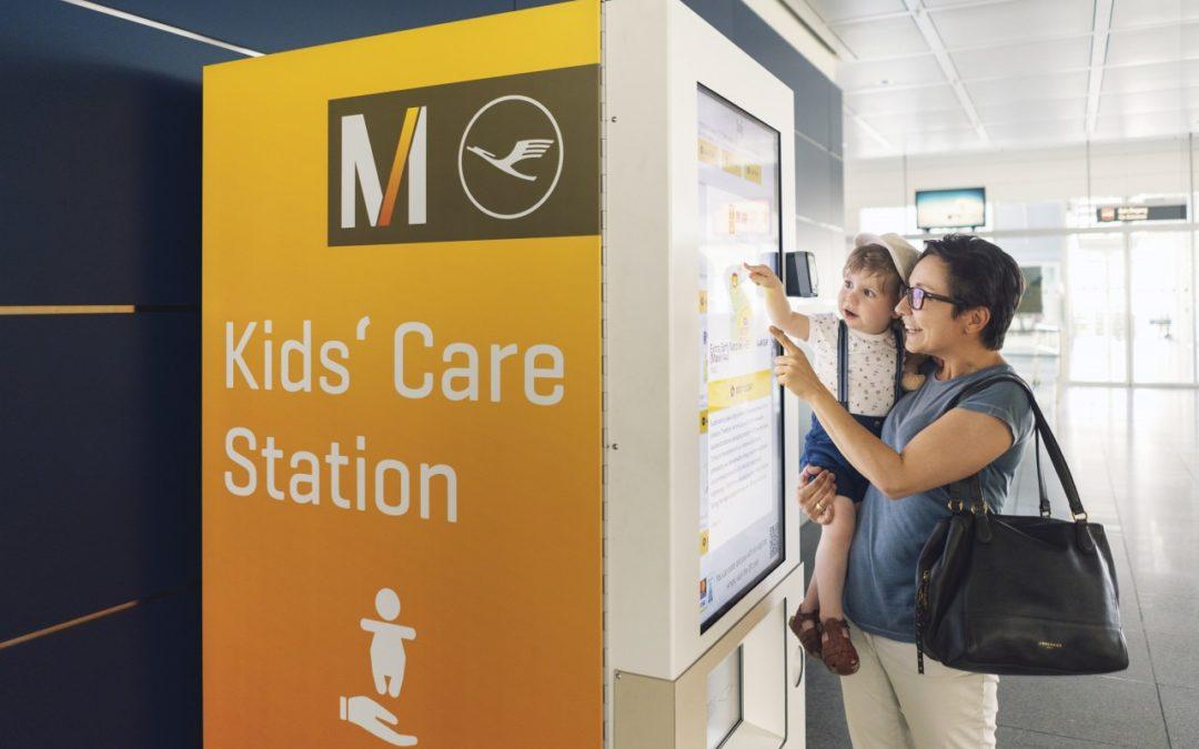 Neuer Automat mit Artikeln für Kleinkinder am Flughafen München