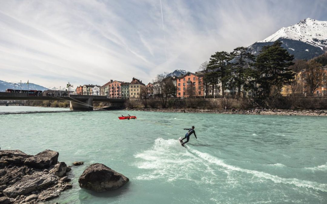 """Up Stream Surfing"" in Tirol"