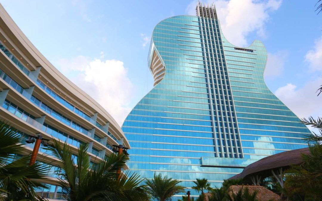 Hotel in Gitarrenform in Fort Lauderdale