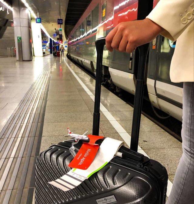 Gepäckaufgabe im Zubringerzug bei Austrian Airlines im Test